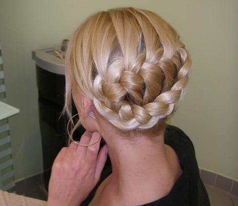 Прически с косами своими руками с фото