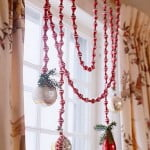 kak_ukrasit_okna_na_noviy_god_38