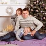 idei_dlya_novogodney_fosessii_semeynoy_06