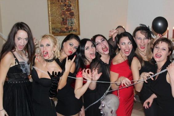Девичник в стиле вечеринки вампиров